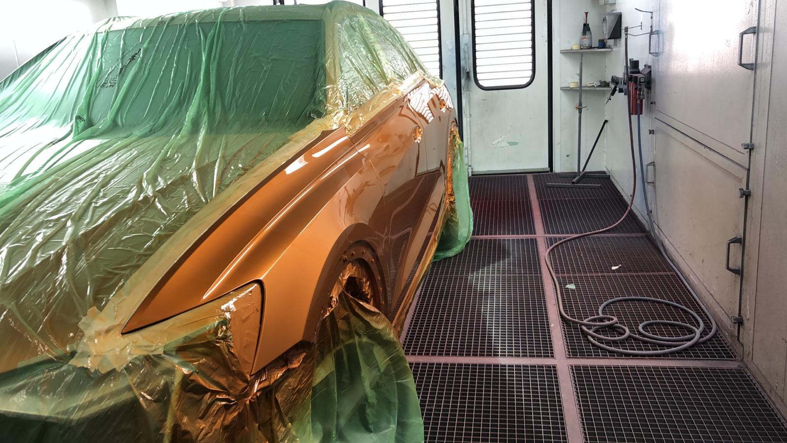 Audi Q8 Lackierung orange
