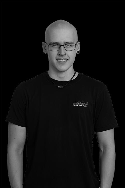 Simon Sillaber, Kfz Mechaniker Lehrling bei Auto Pletzer